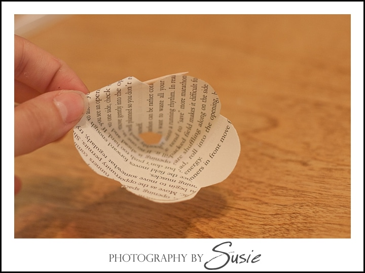 how-to-make-paper-roses_maryland-wedding-photographer_011