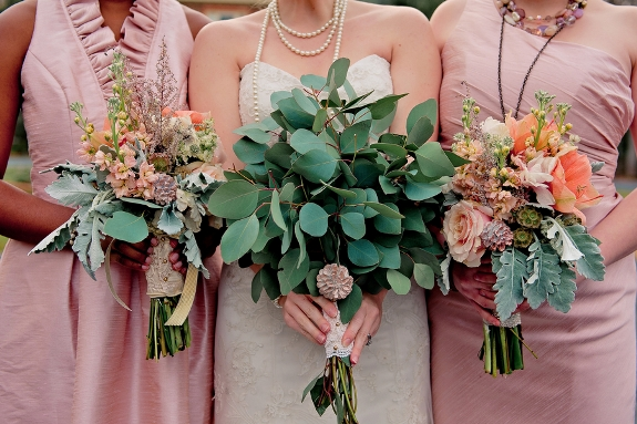 rustic winter wedding florals bouquets