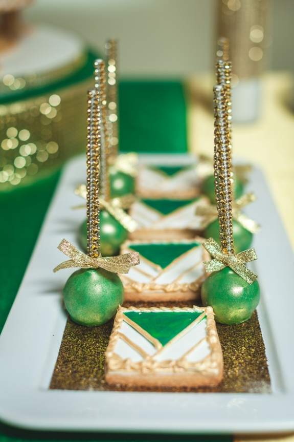 green gold wedding great gatsby theme