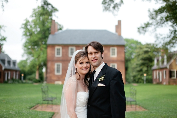 elegant intimate frederiskcburg va wedding