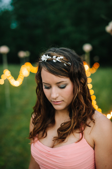 simple bridesmaids hairstyle down