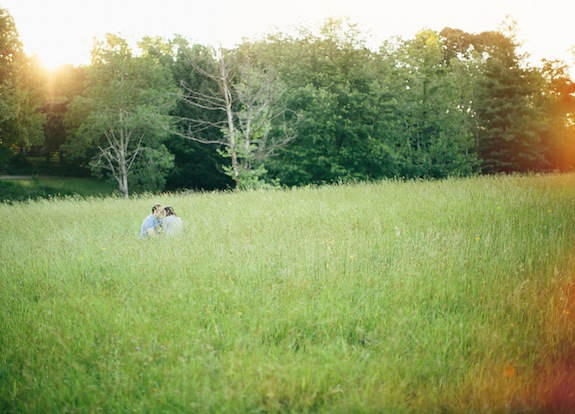 golden hour field engagement pictures virginia