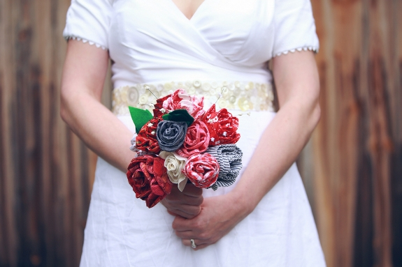 DIY fabric rose bride bouquet