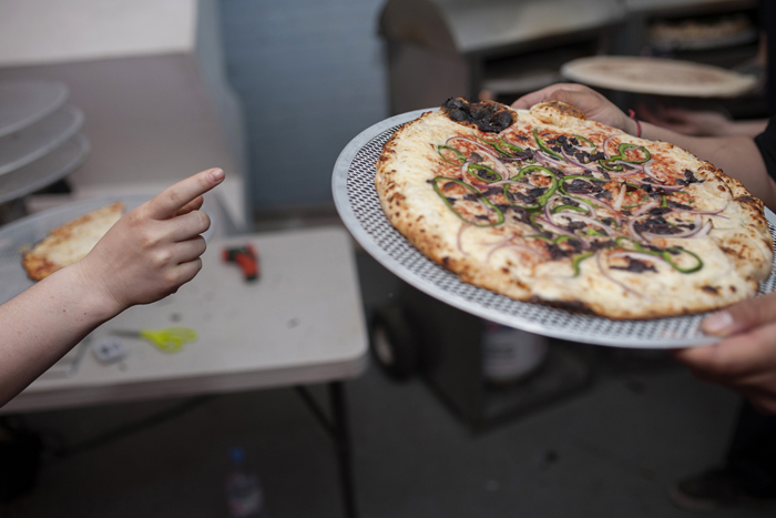 offbeat dc wedding pizza pi day