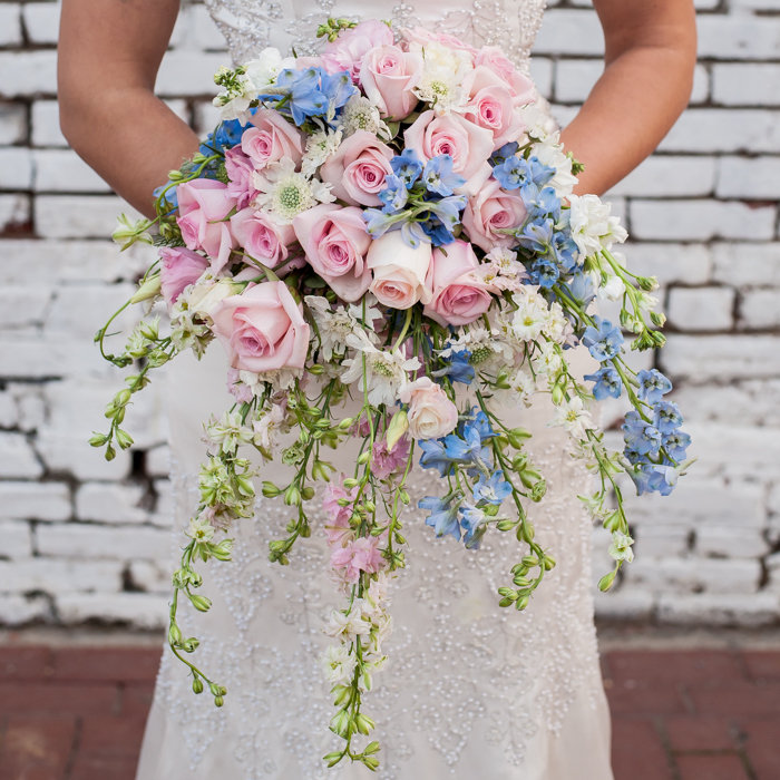 modern wedding bouquet waterfall