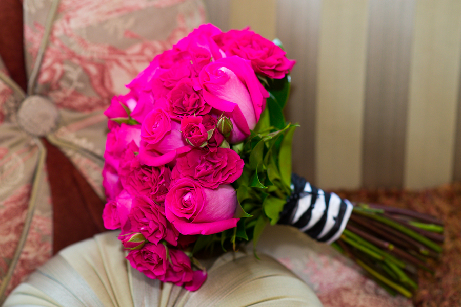 hot pink rose bouquet
