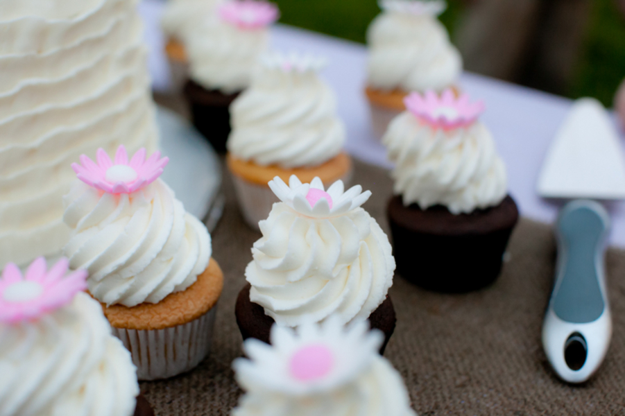mini cupcakes wedding
