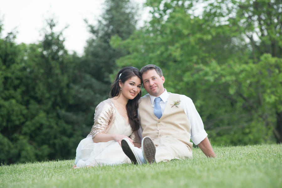 eclectic whimsical smokey glen farm maryland wedding pictures (1)