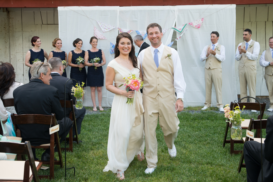 eclectic whimsical smokey glen farm maryland wedding pictures (21)