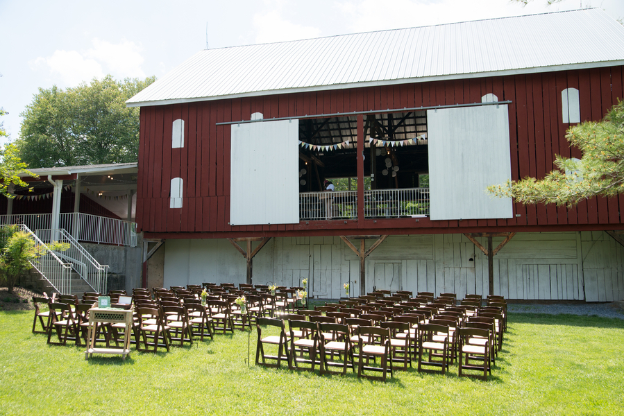 eclectic whimsical smokey glen farm maryland wedding pictures (8)