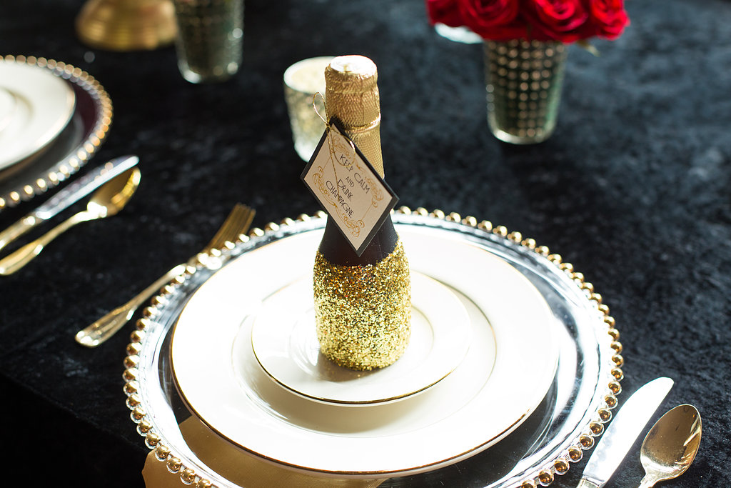 glitter gold 1920s speakeasy themed wedding (15)