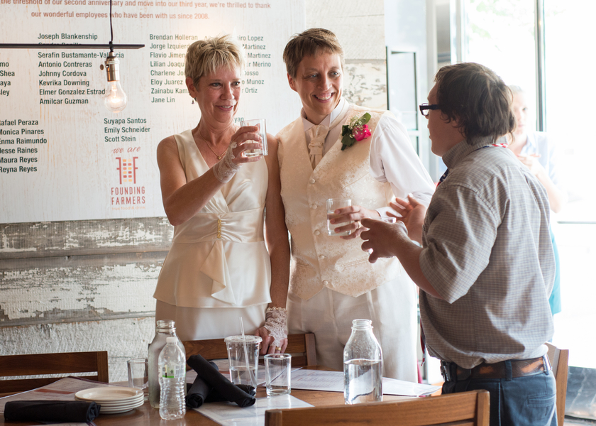intimate Washington DC same sex wedding (9)