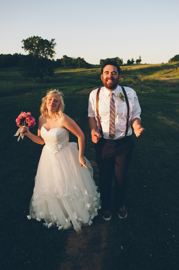 thrift store travel themed barn wedding virginia pictures (10)