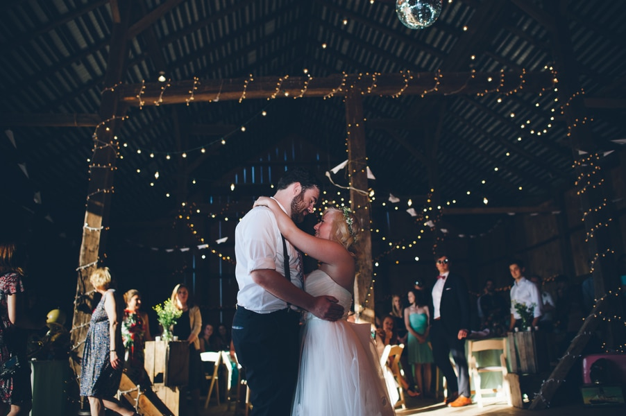 thrift store travel themed barn wedding virginia pictures (9)