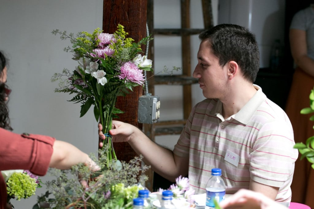 DIY bouquets and boutonniers workshop (2)