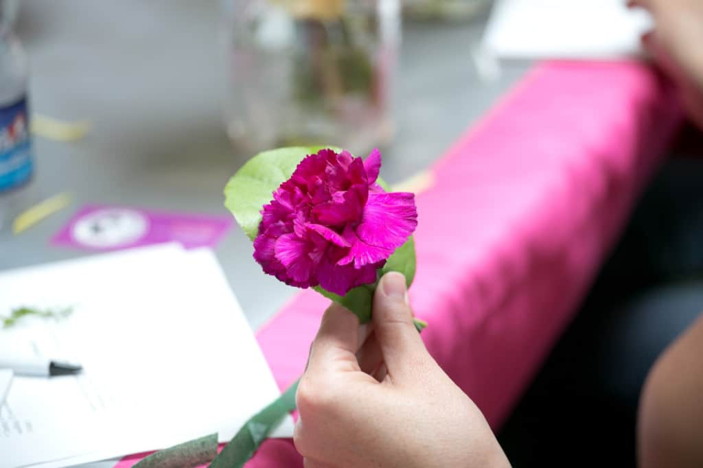 DIY bouquets and boutonniers workshop (8)