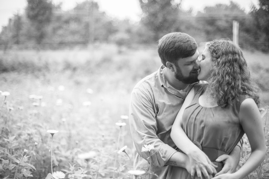heysers farms maryland engagement pictures (4)