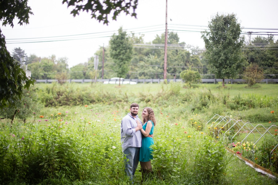 heysers farms maryland engagement pictures (5)
