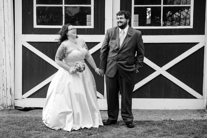 DIY offbeat maryland farm wedding pictures (20)