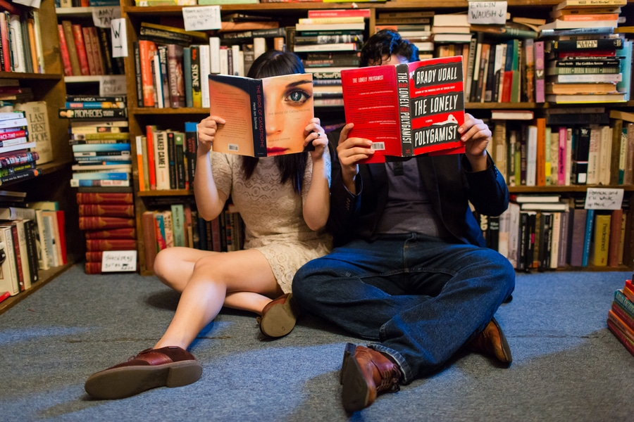 capitol hill bookstore washington dc engagement pictures (7)