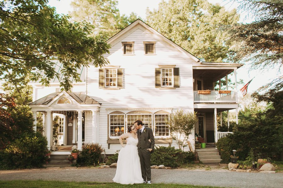 virginia farm barn wedding pictures (24)