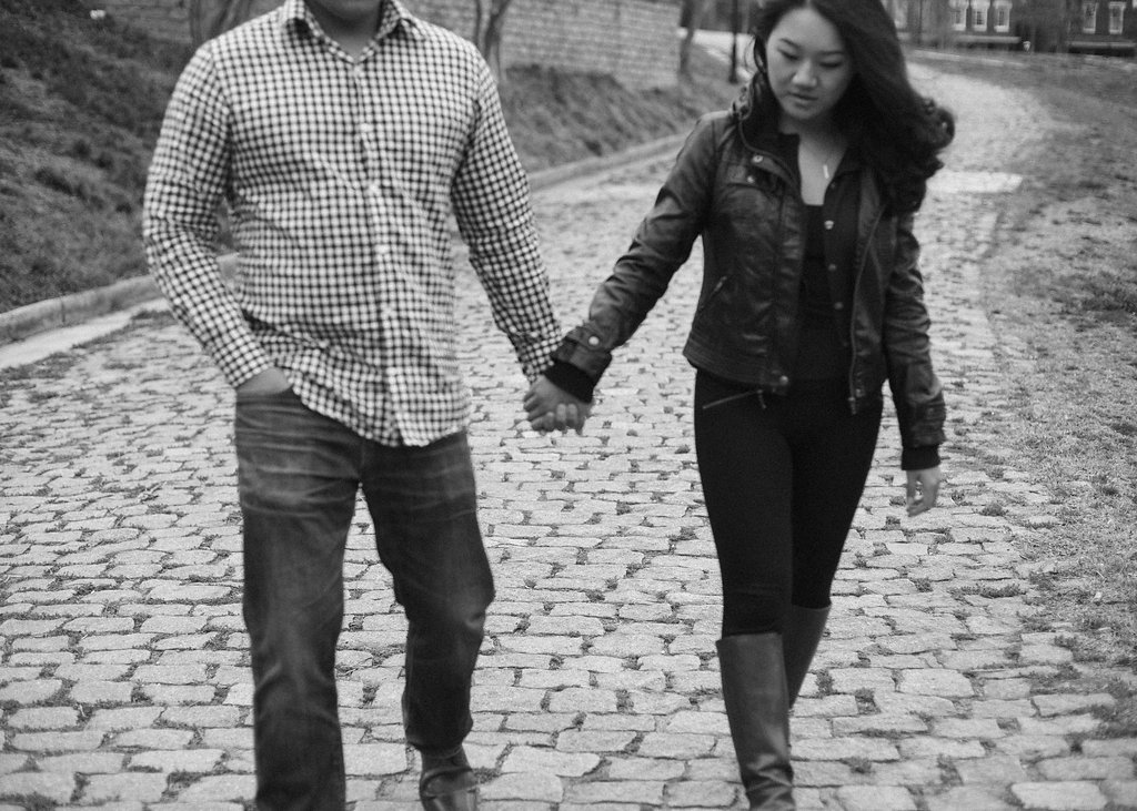 laid back richmond virginia engagement pictures (8)