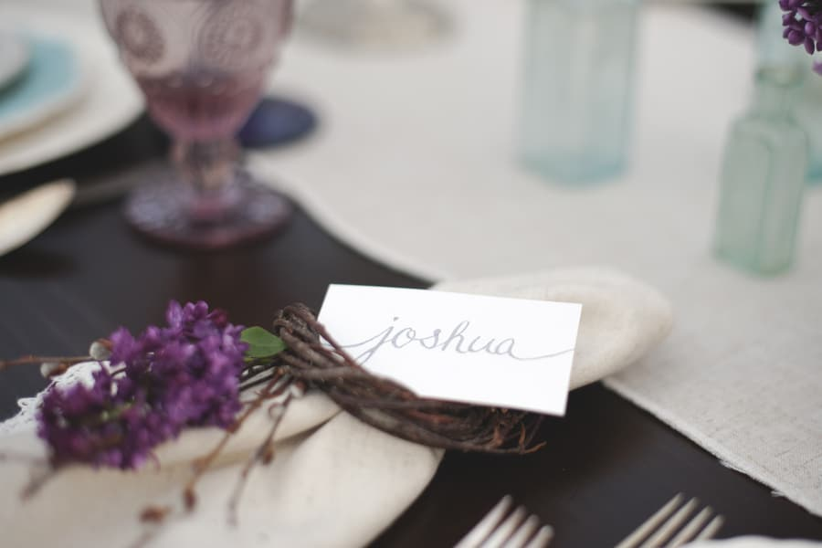 blackberry wedding purple rustic details (3)