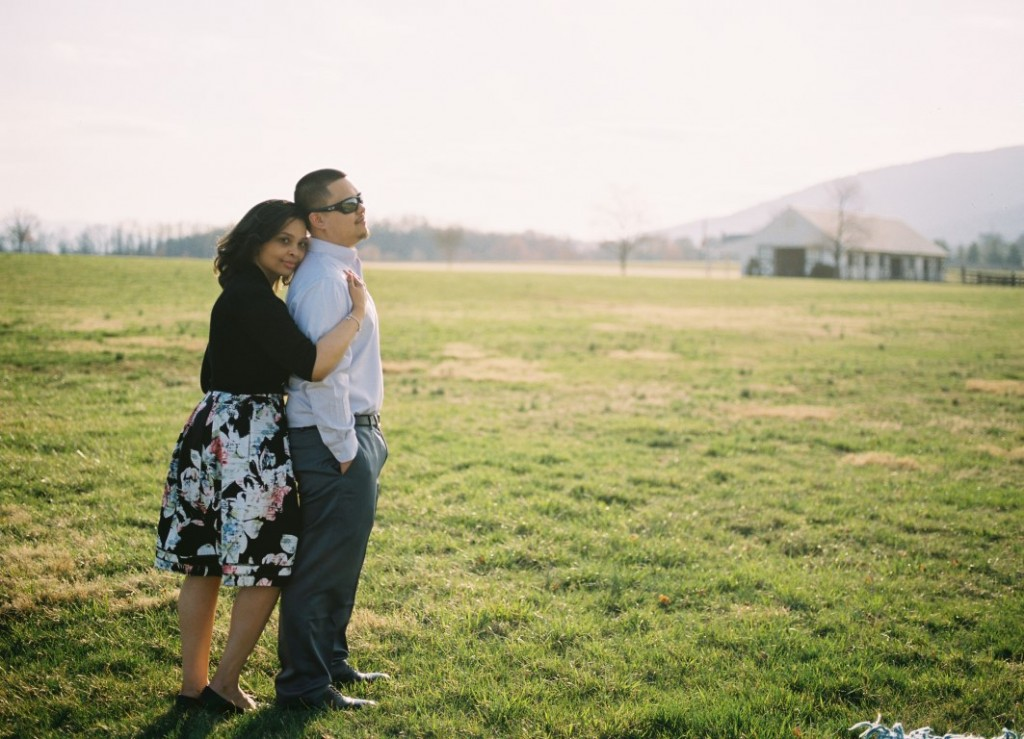 virginia vineyard engagement pictures (8)