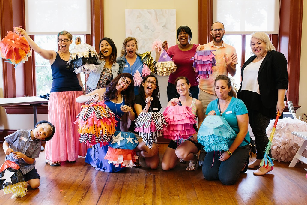 DIY mini party pinatas workshop pictures (12)