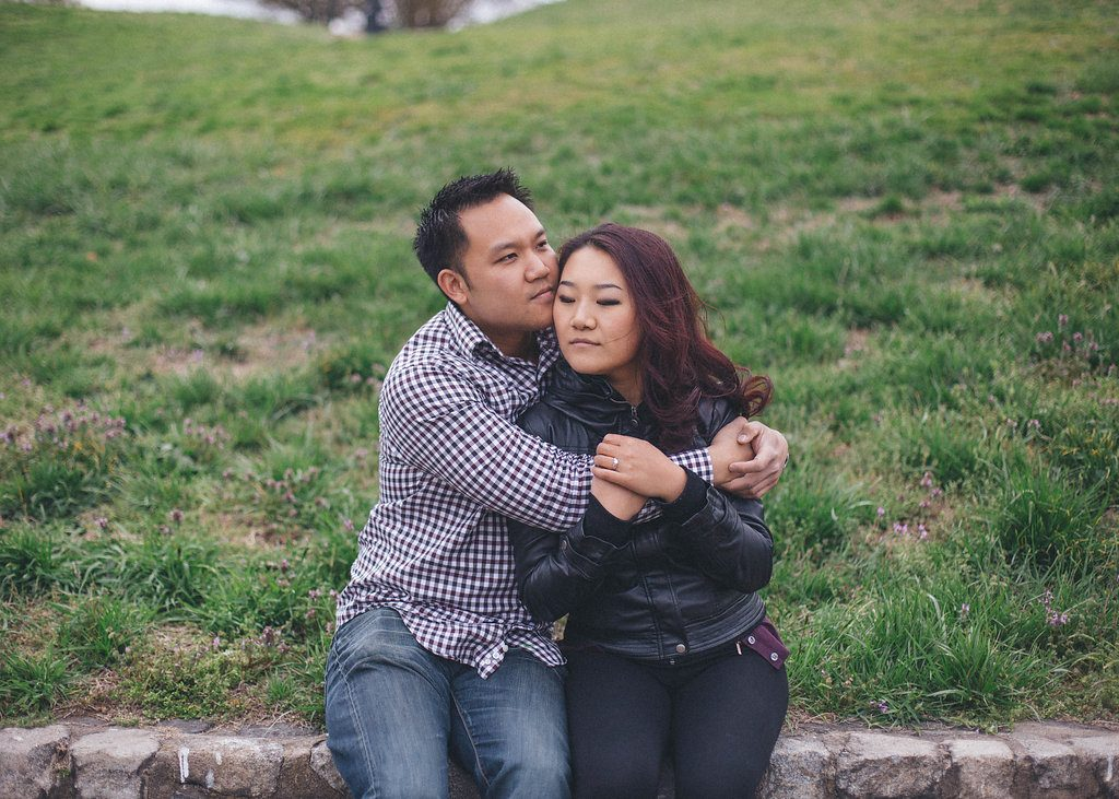 laid-back-richmond-virginia-engagement-pictures-12