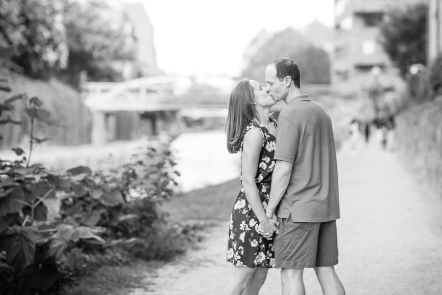 arlington-virginia-key-bridge-canal-engagement-pictures5