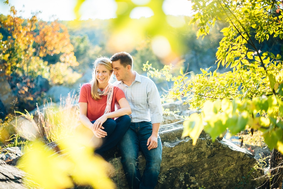 modern-bright-natural-great-falls-virginia-engagement-pictures5