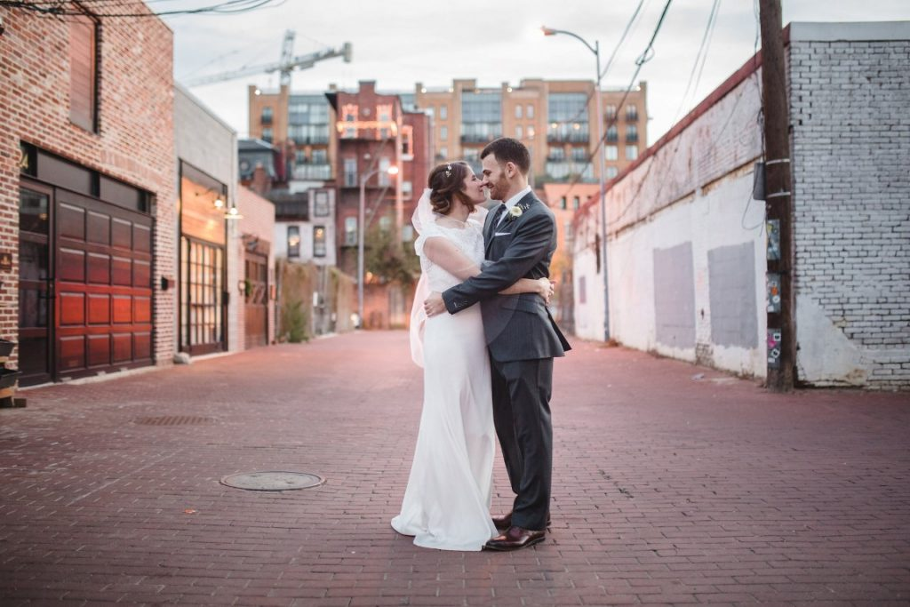 romantic industrial longview gallery wedding in washington dc (24)